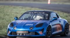 法国品牌Alpine为其即将发布的A110跑车制作了赛车版