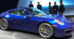 保时捷推出了第八代911 它具有熟悉的形状和一些进化的样式